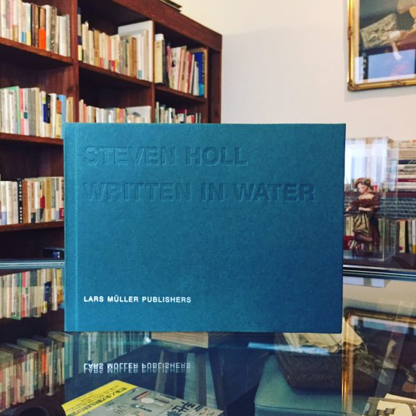 スティーブン・ホール WRITTEN IN WATER | STEVEN HOLL | 建築