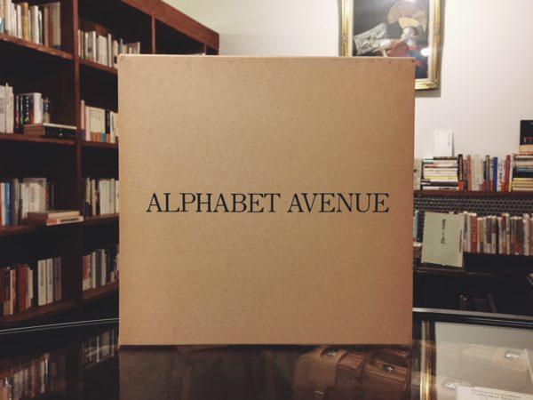 アルファベットアベニュー ALPHABET AVENUE | 新井満/石阪春生 | 画文集・コラージュ
