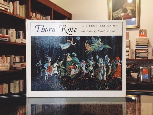 エロール・ル・カイン Errol Le Cain: Thorn Rose(いばらひめ) | グリム童話・絵本