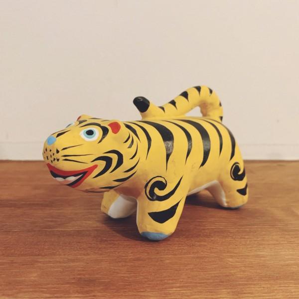 平野富山(ひらのふざん) 紙塑人形「虎」 | 工芸・人形・張子