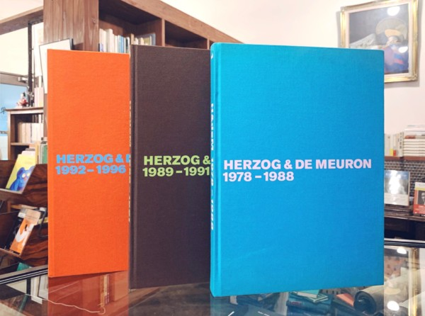 再入荷! ヘルツォーク&ド・ムーロン全作品集vol.1-3 HERZOG & DE MEURON The Complete Works vol.1-3 | 建築書