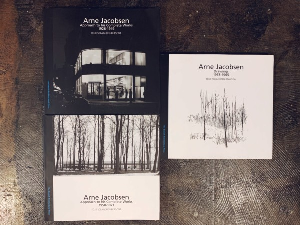 アルネ・ヤコブセン Arne Jacobsen: Approach to his Complete Works 1926-1949 / Approach to his Complete Works 1950-1971 / Drawings 1958-1965 3冊セット | 建築書・デザイン