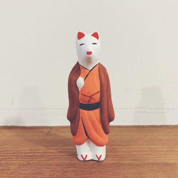 きつねのおもちゃ 今戸焼『羽織狐』 | 東京都 | 郷土玩具・土人形